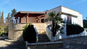 Villa in campagna Rif. V 287